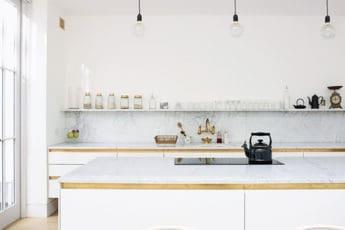 Cucina tutto a vista mensole consigli pratici cappa