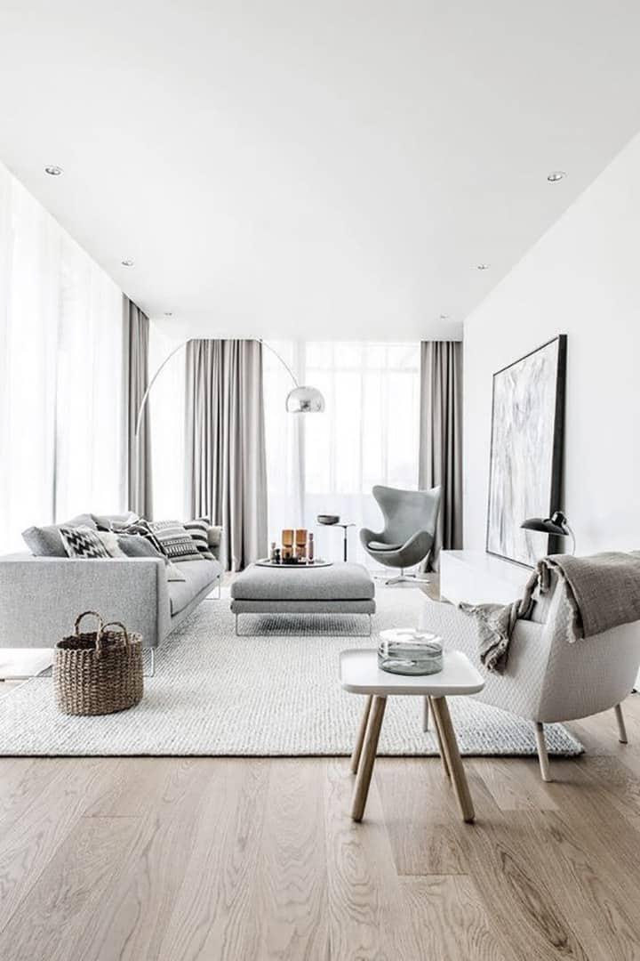 appartamento total white con parquet