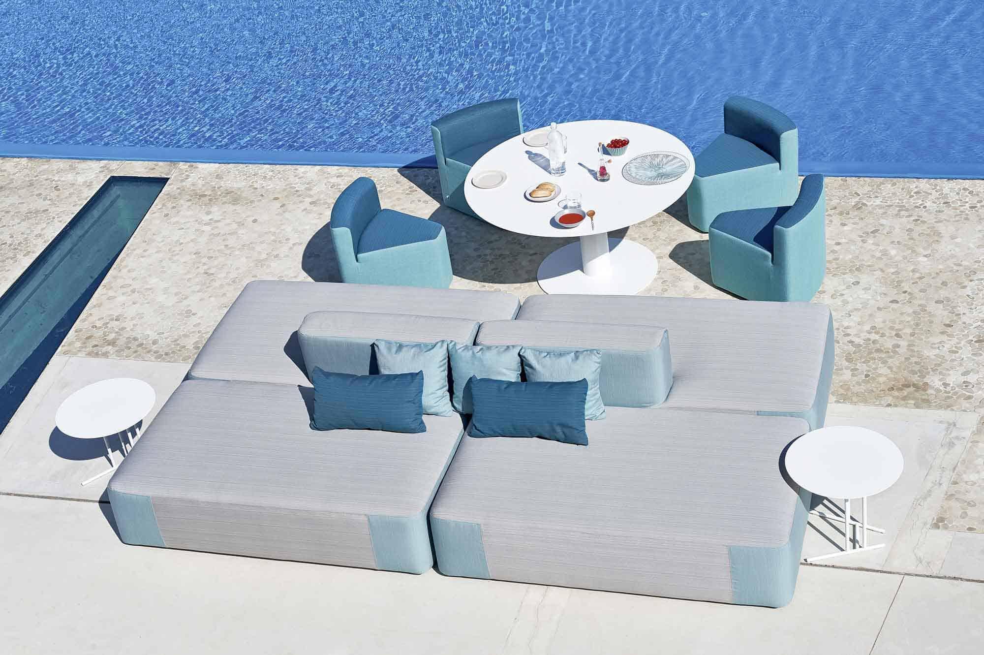 comfortable outdoor furniture Varaschin