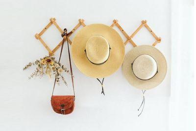 decorating with straw hats interior design