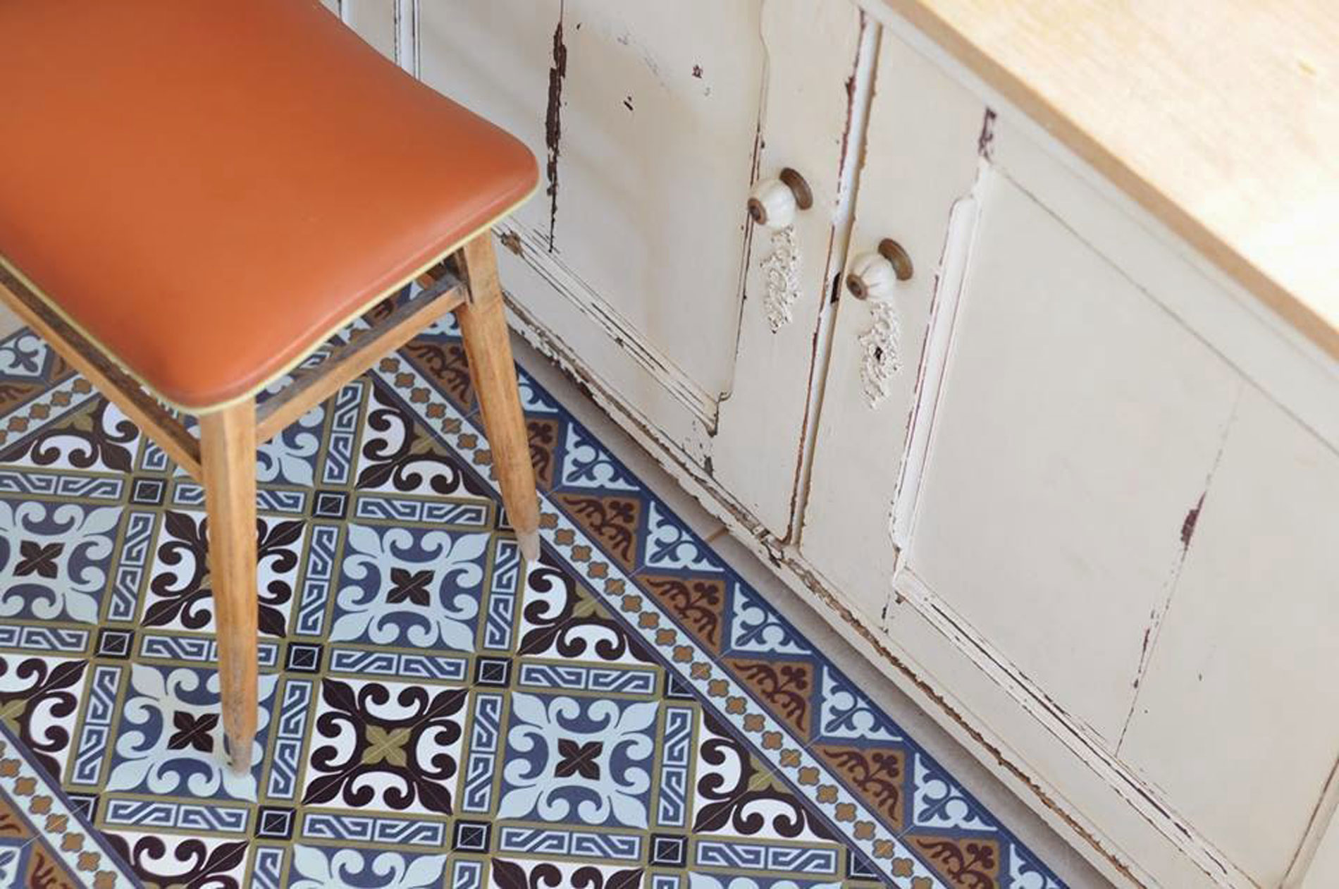 how to furnish with carpet interior tips