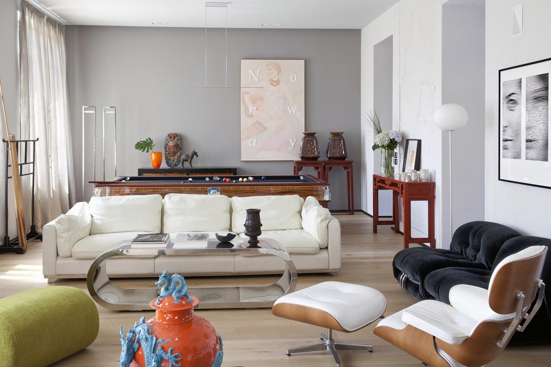 home-tour-living-divano-bianco