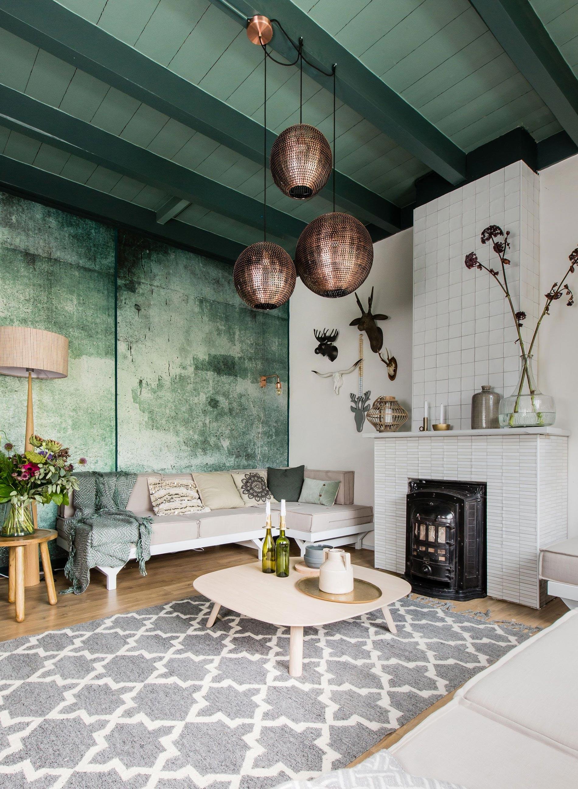 soffitto colorato ispirazioni soffitto verde scuro