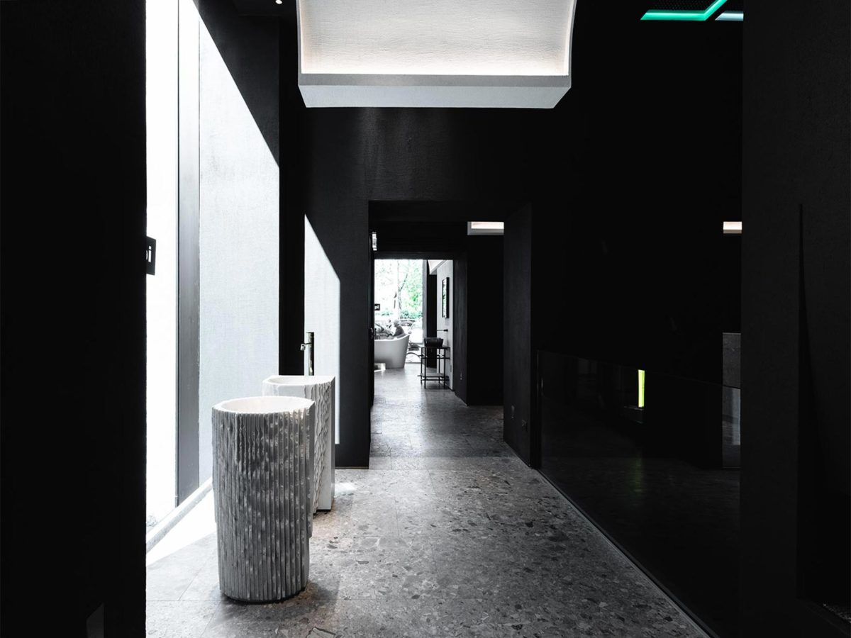 antoniolupi's showroom milan