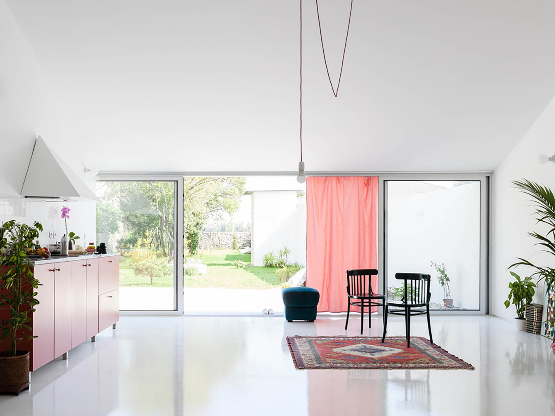 home-tour-fala-atelier-living2---COVER