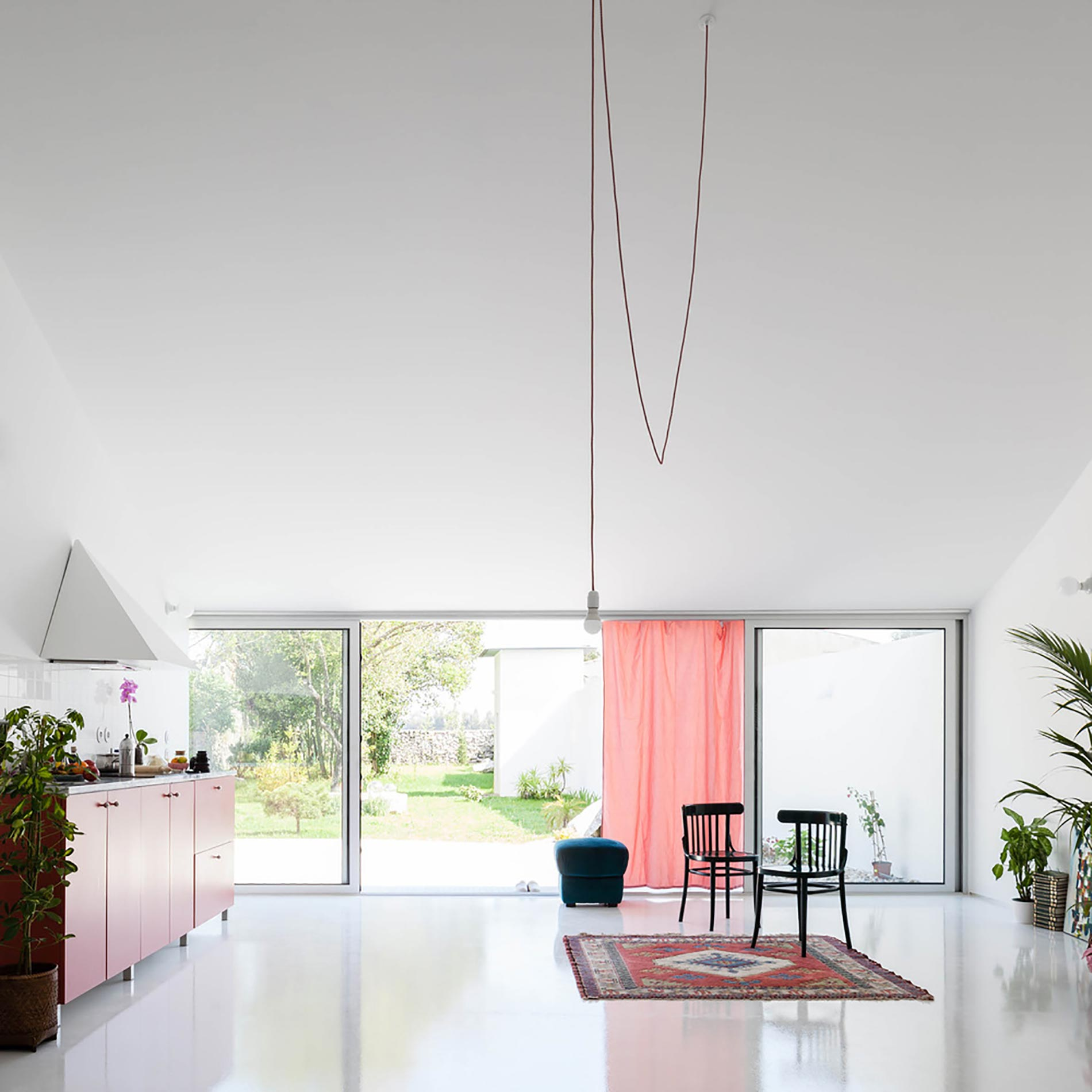 home-tour-fala-atelier-living2