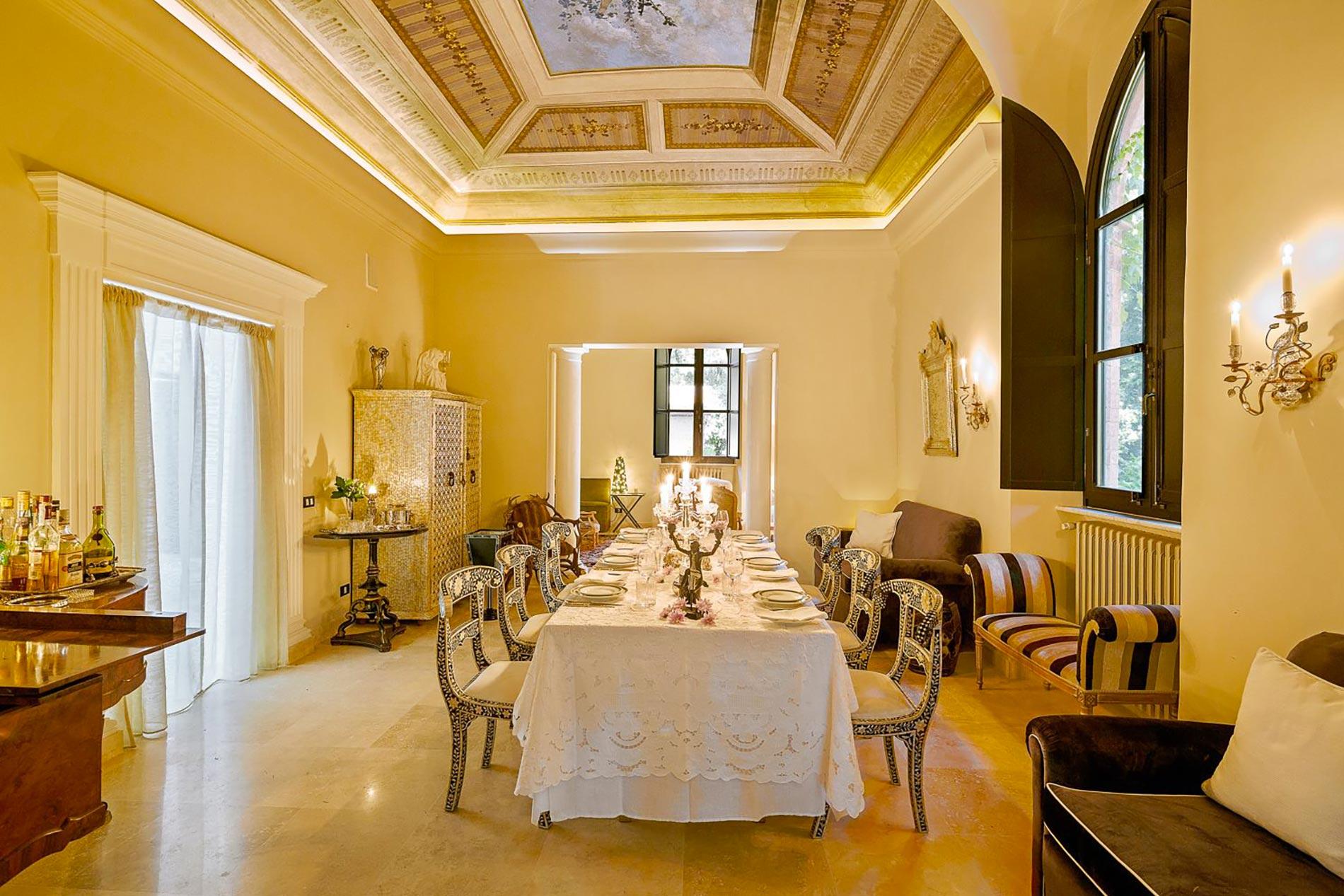 home-tour-siena-sala-da-pranzo