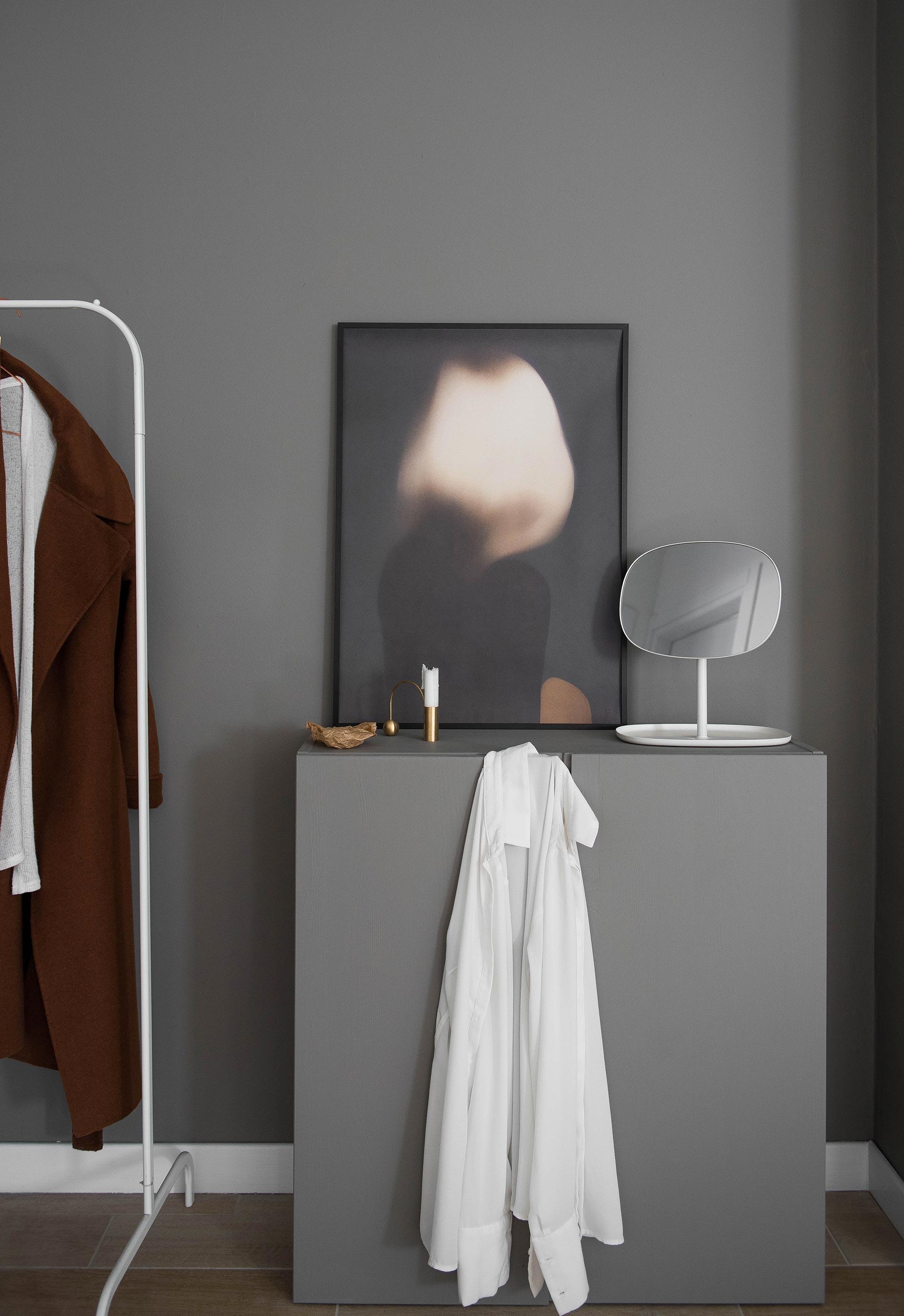 #zuhausesein hallway grey styling