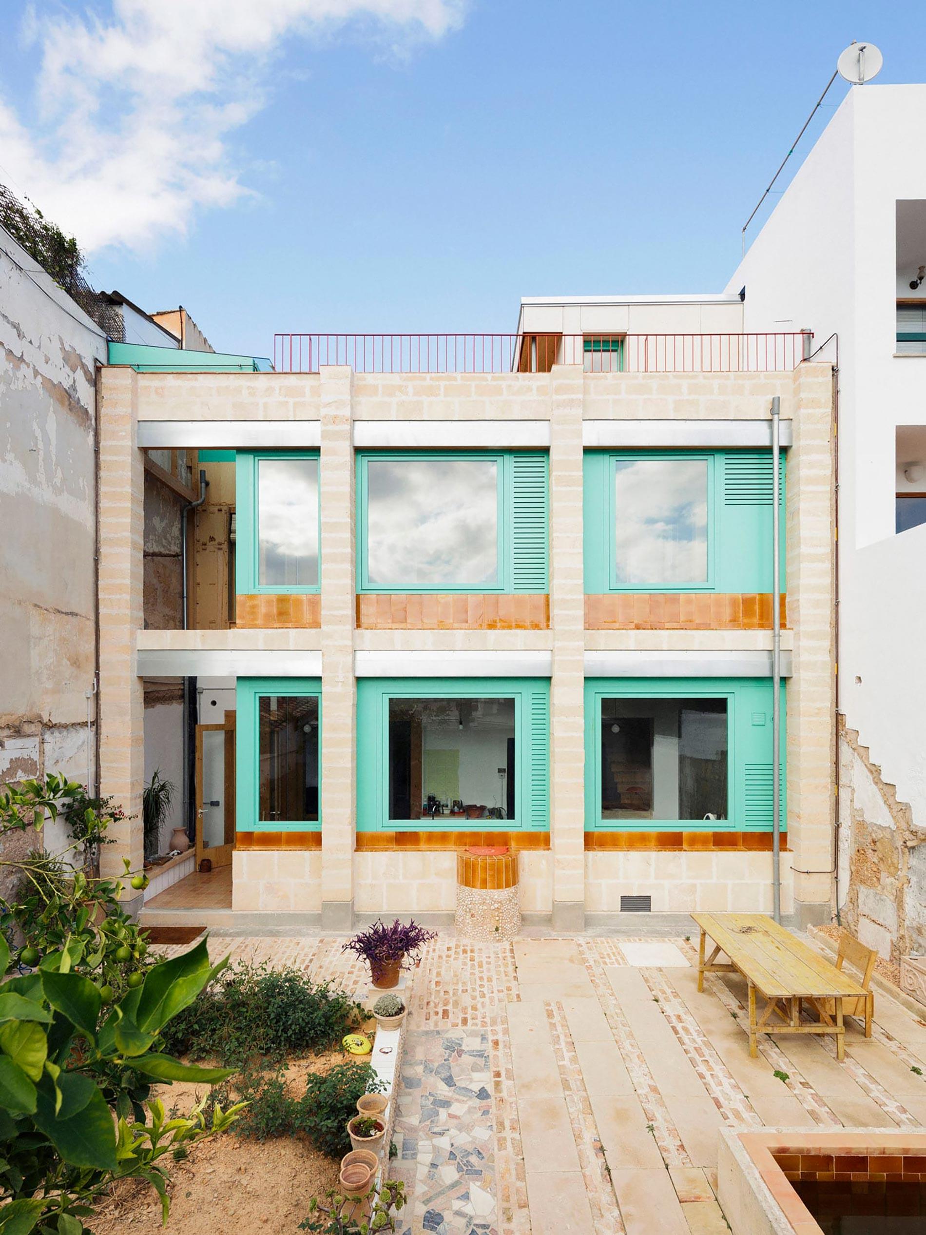 Plywood casa di legno cortile