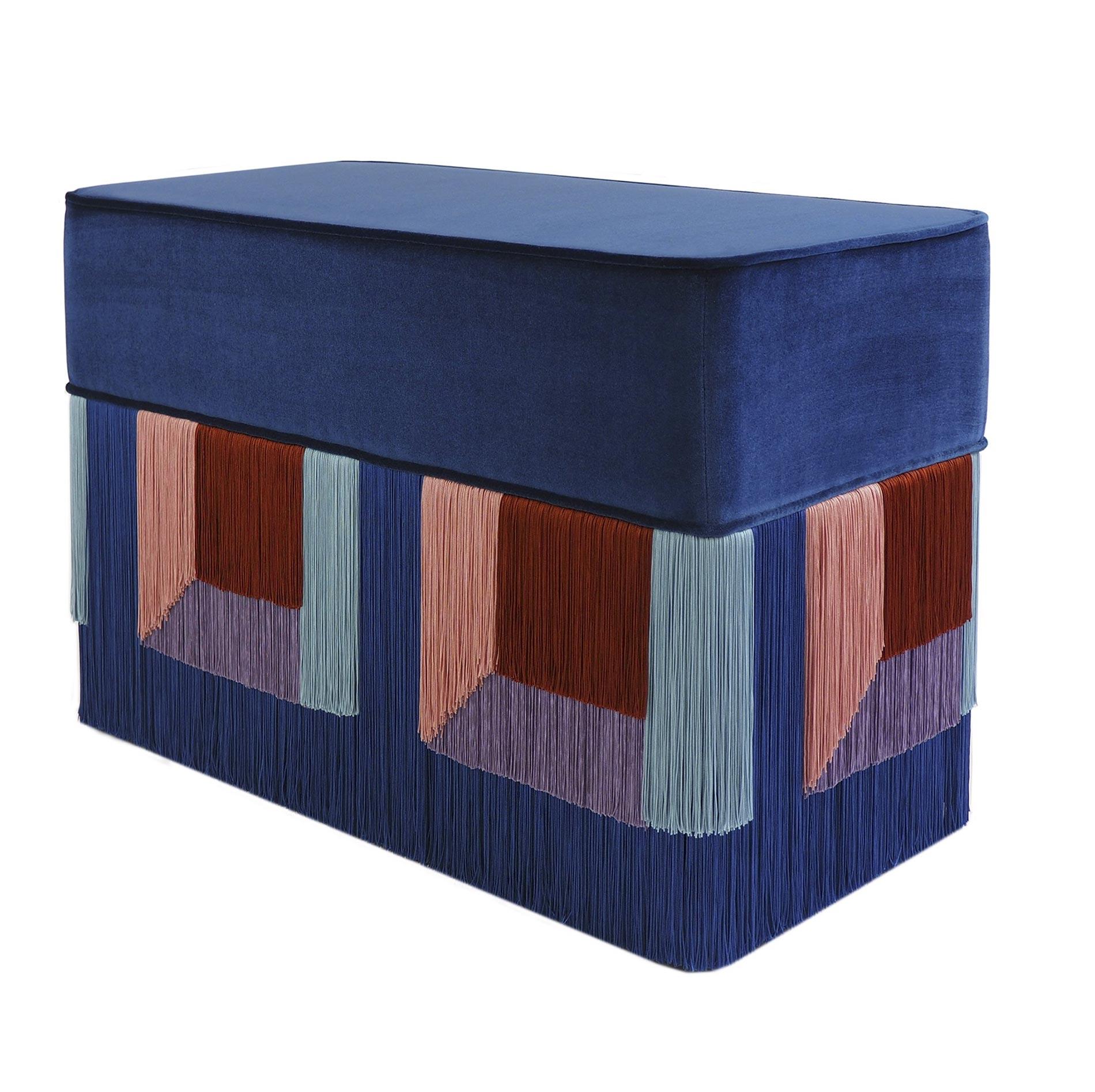 10 oggetti d'arredo nel colore Classic Blue