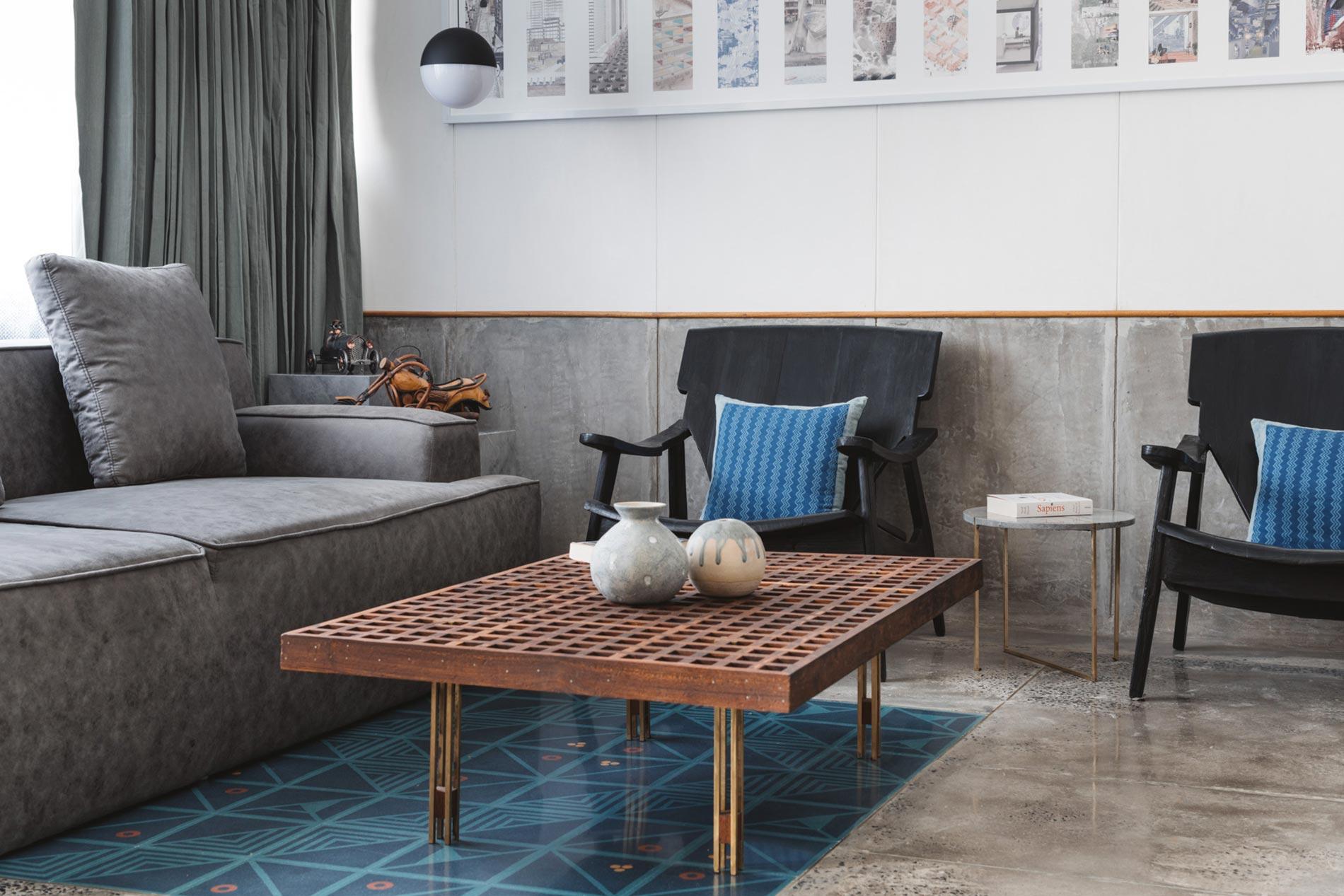 appartamento in india tavolino