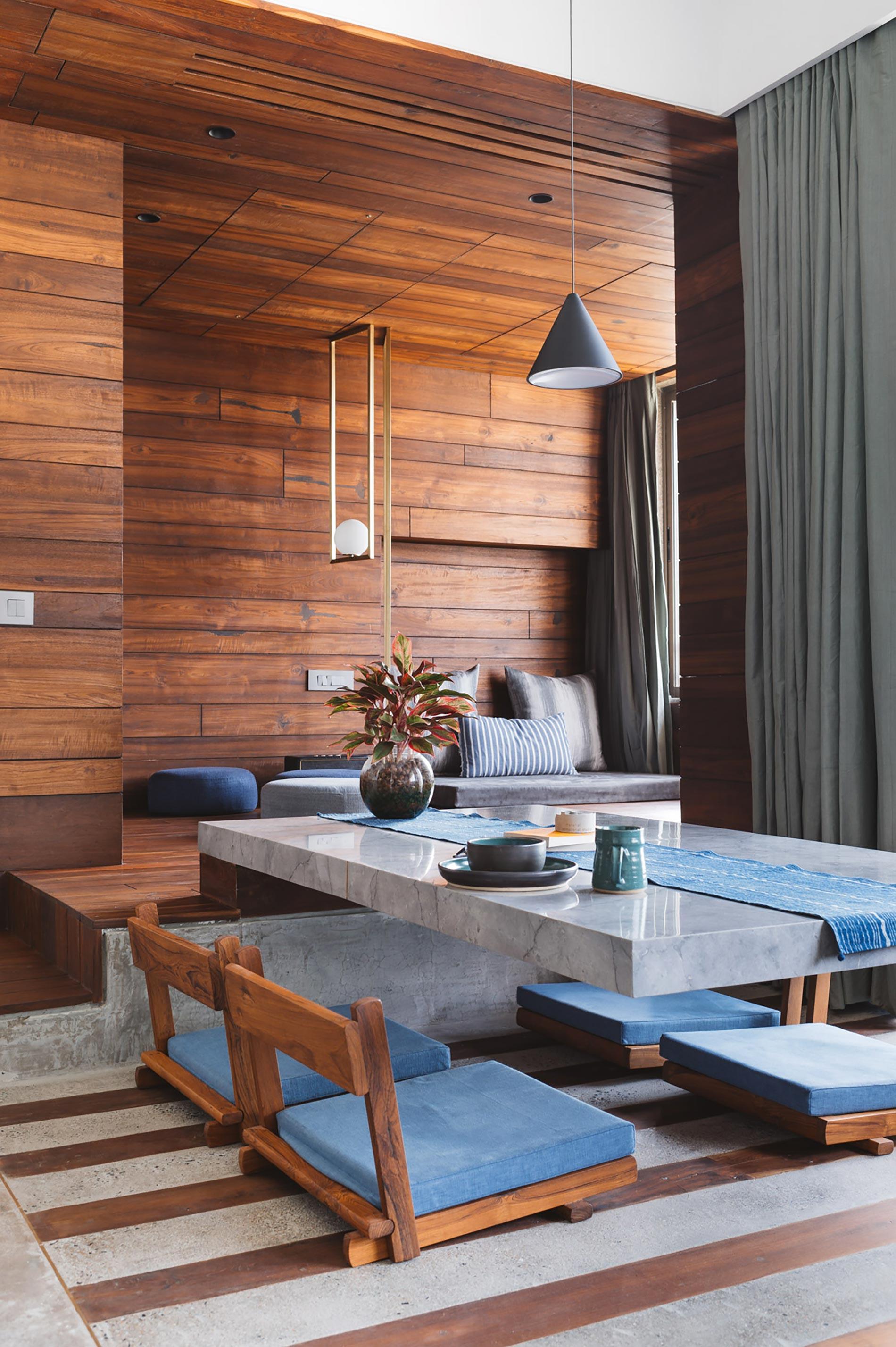 appartamento in india tavolo grigio