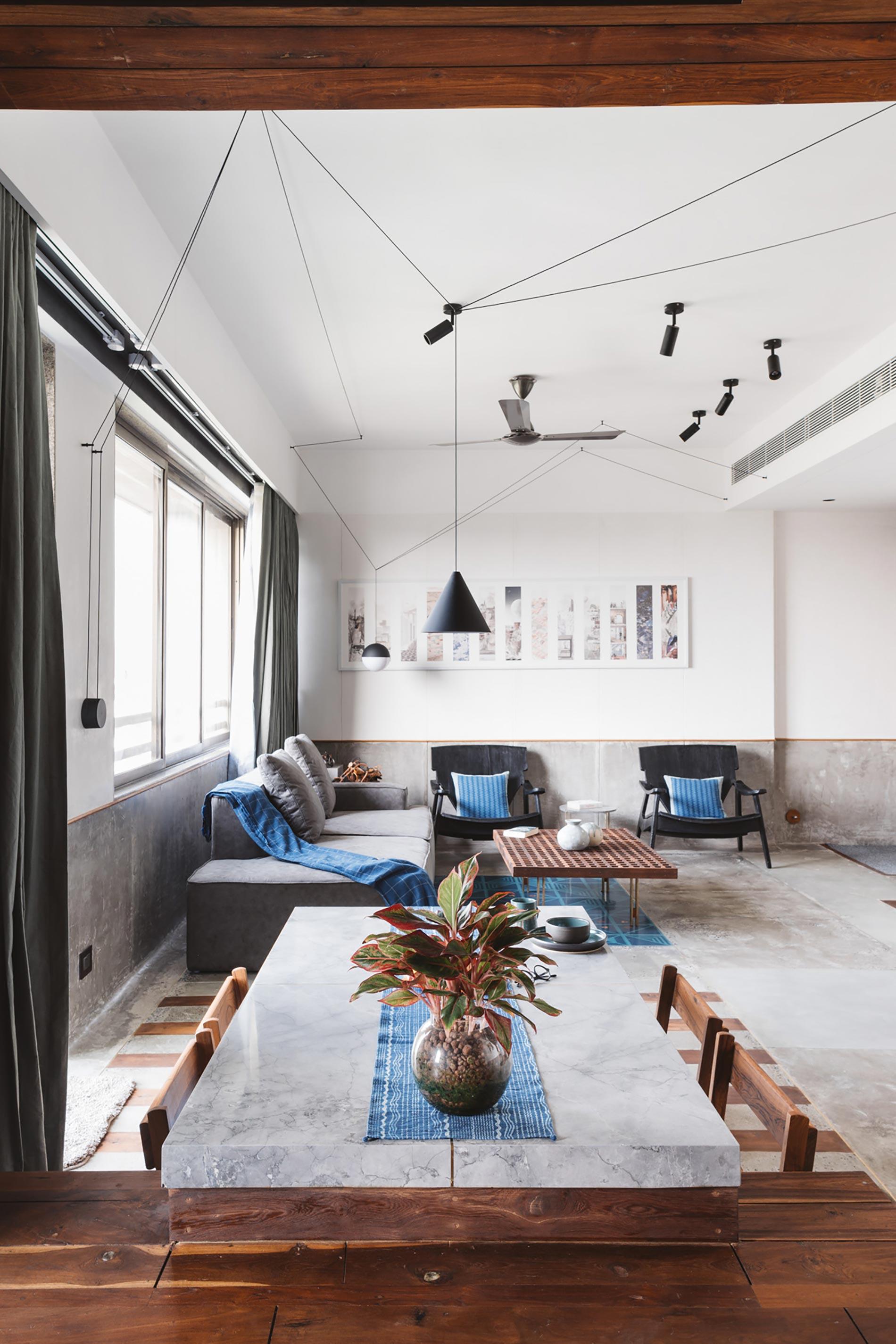 appartamento in india tavolo lungo