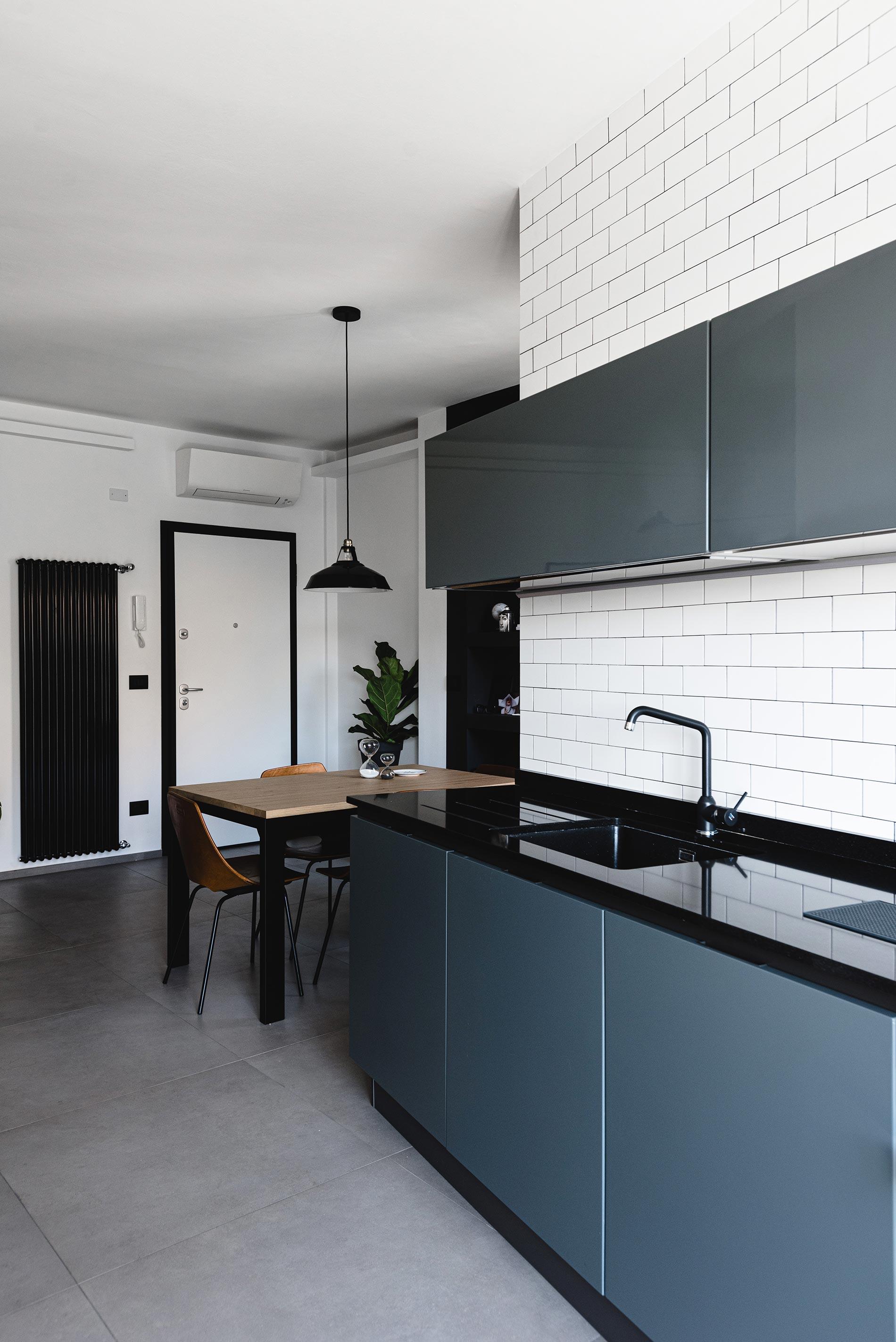 cucina grigia design progettazione d'interni torino