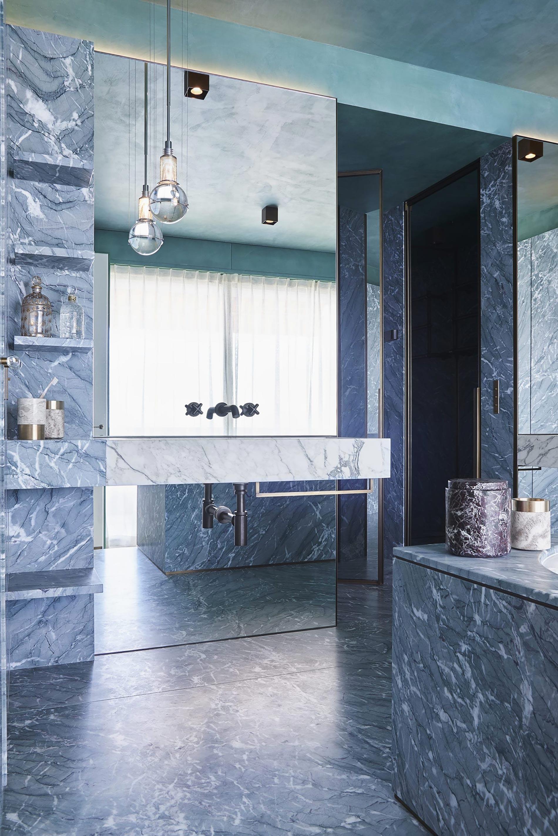 appartamento sud francia bagno marmo