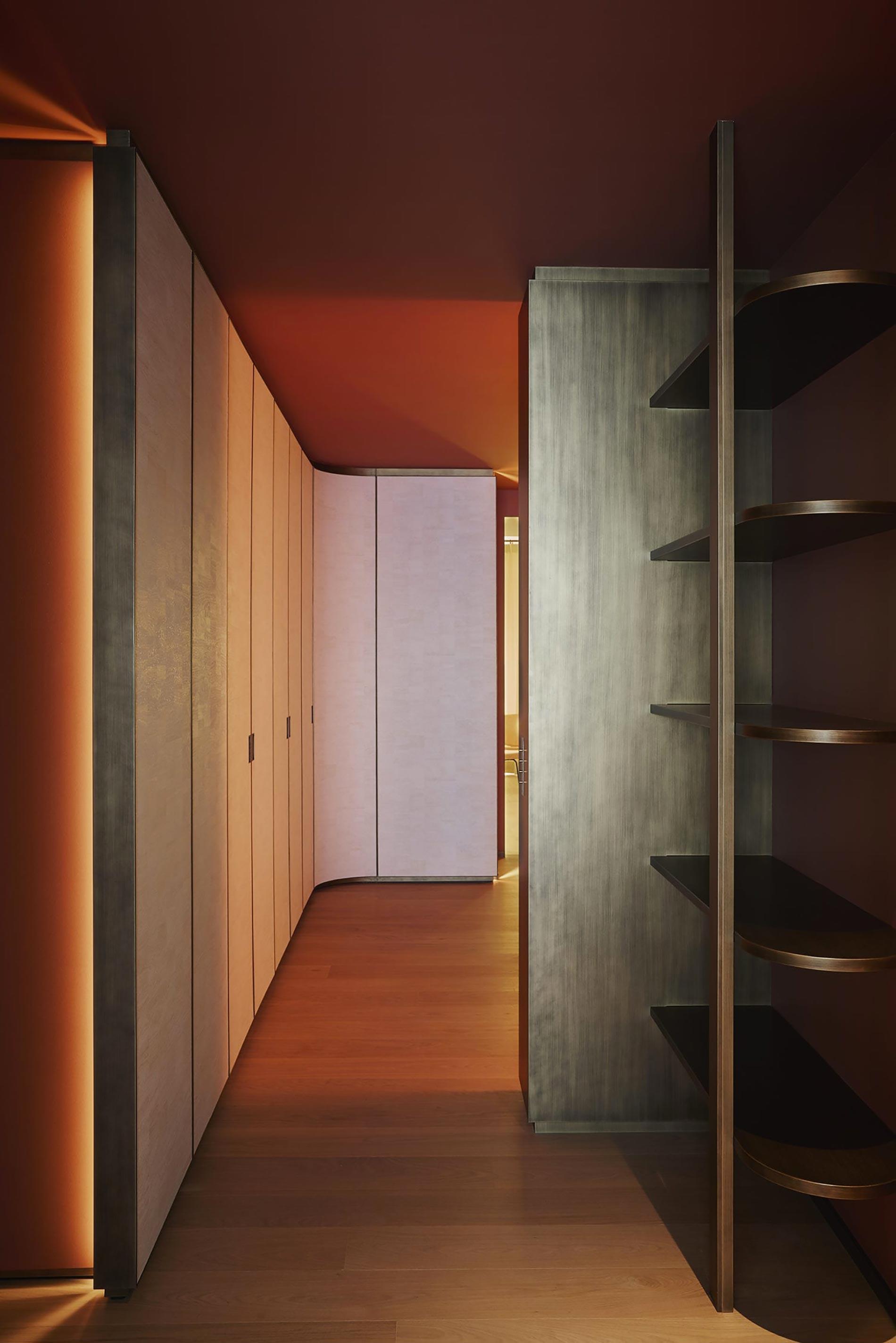 appartamento sud francia corridoio