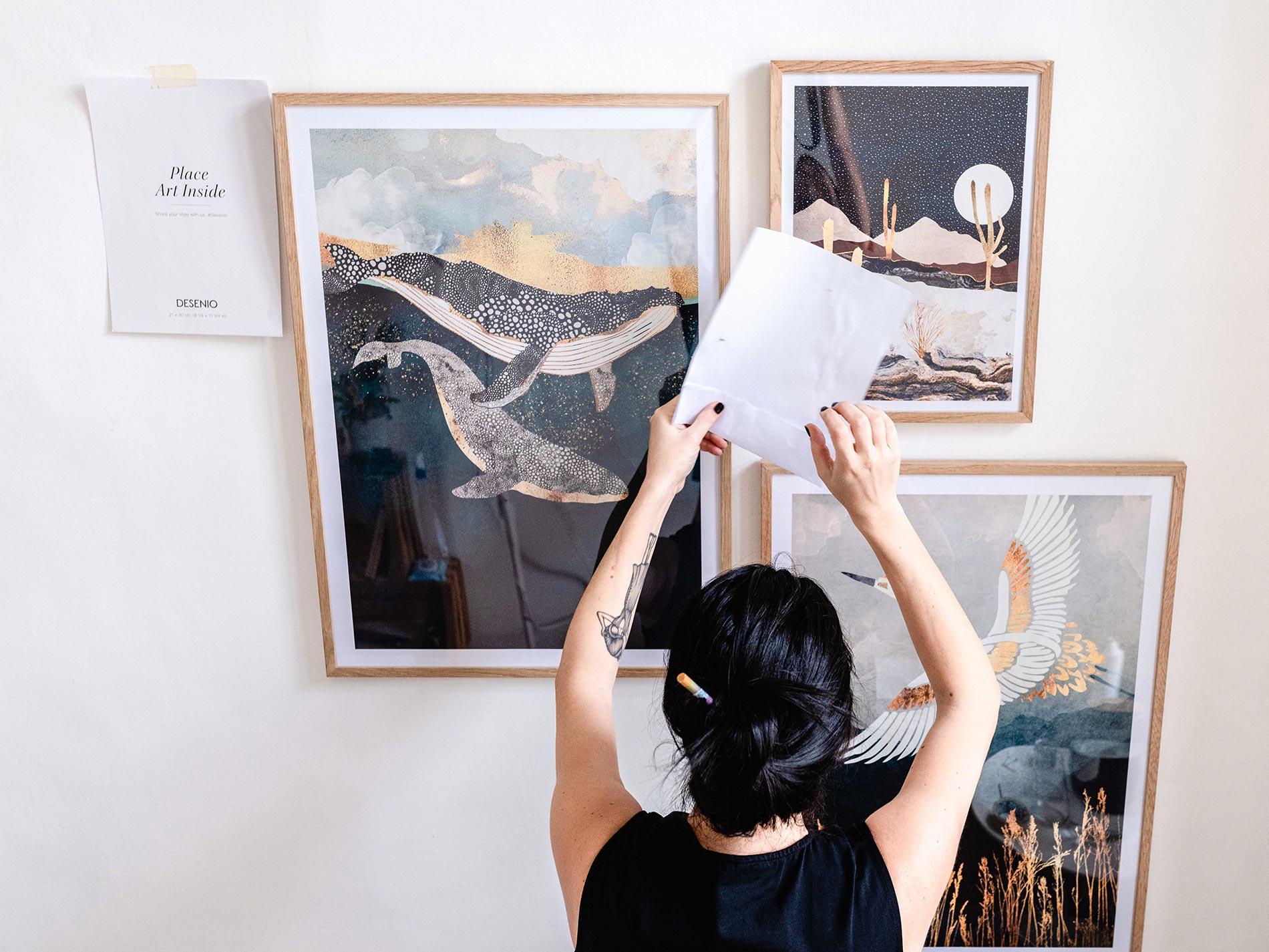 trucchi per ottenere una composizione di quadri a parete bella da vedere